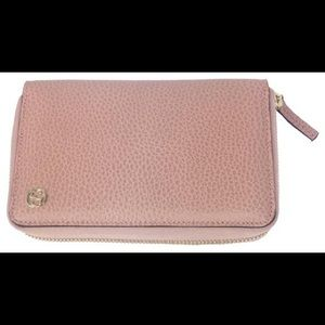 Gucci❤️New❤️soft pink leather wallet